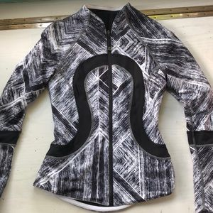 Lululemon black and white patterned zip up
